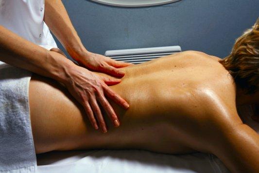 Действие массажа на кожу