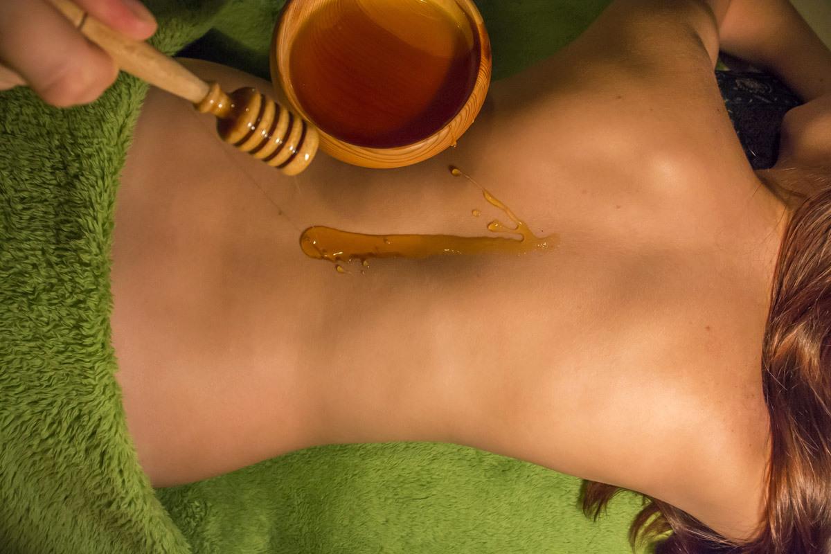 Массаж Медом Для Похудения. Медовый массаж живота для здоровья и стройности