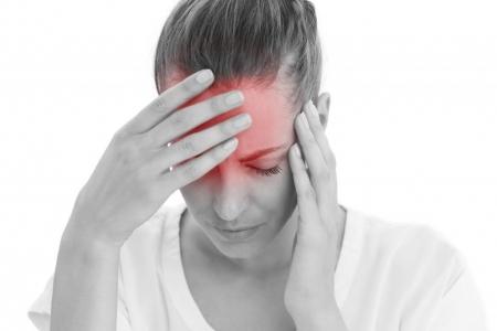 Интенсивная головная боль: причины развития, методы устранения